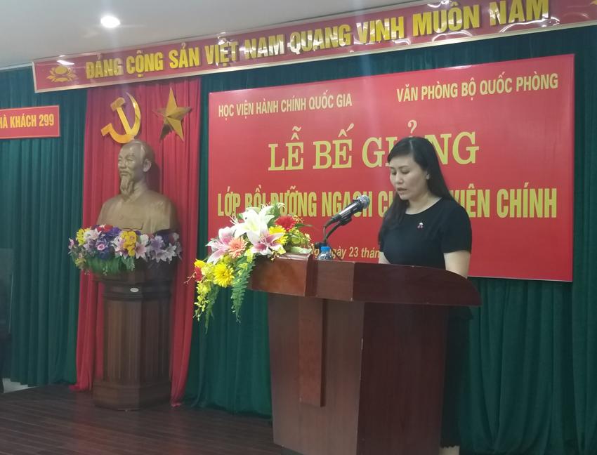 ThS. Lê Phương Thúy - Phó Trưởng ban, Ban Quản lý bồi dưỡng phát biểu tại buổi lễ