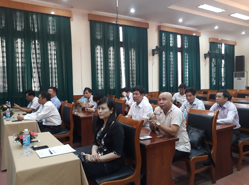 Đại biểu và các học viên tham dự lễ Bế giảng khóa học