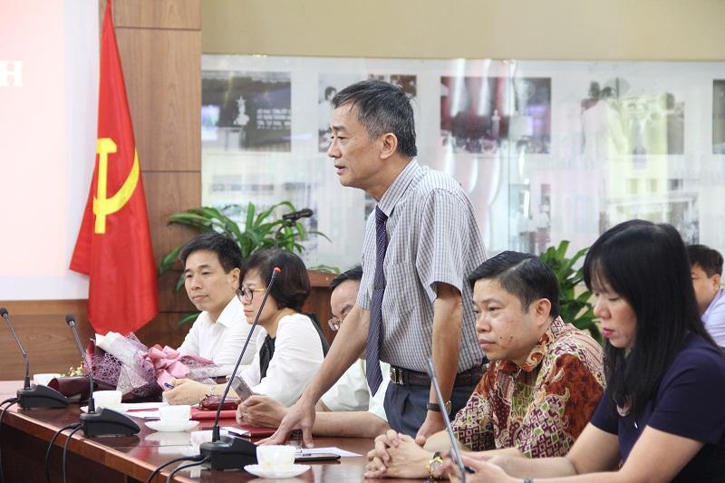TS. Chu Xuân Khánh – Trưởng Khoa QLNN về xã hội phát biểu cám ơn lãnh đạo Học viện đã quan tâm kiện toàn đội ngũ lãnh đạo, quản lý của  Khoa QLNN về xã hội