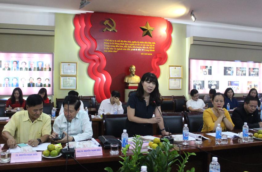 PGS.TS. Lê Thị Vân Hạnh - Nguyên Phó Giám đốc Học viện phát biểu ý kiến tại Hội thảo