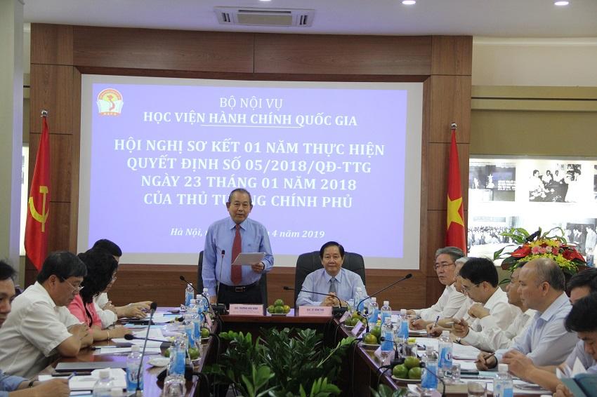 Đồng chí Trương Hòa Bình - Ủy viên Bộ Chính trị, Phó Thủ tướng Thường trực Chính phủ dự Khai giảng năm học 2016-2017