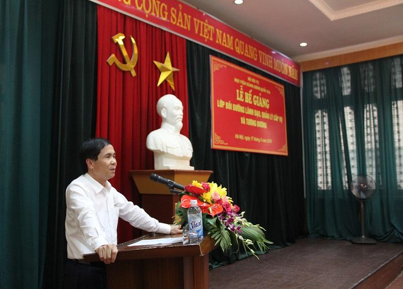 PGS.TS. Triệu Văn Cường – Thứ trưởng Bộ Nội vụ phát biểu bế giảng Lớp bồi dưỡng