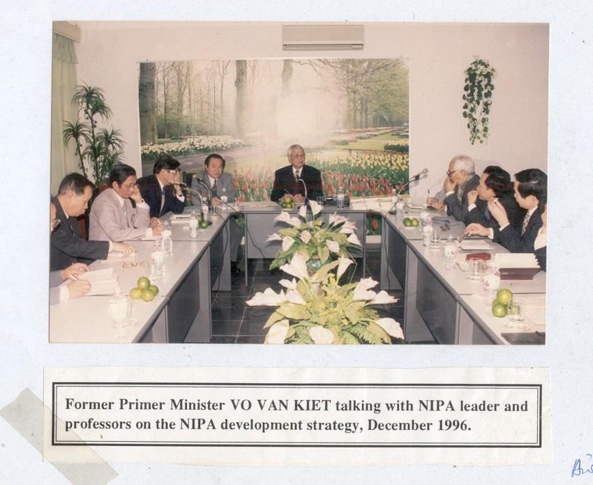 Đồng chí Võ Văn Kiệt - Thủ tướng Chính phủ thăm và làm việc tại Học viện Hành chính Quốc gia, năm 1996