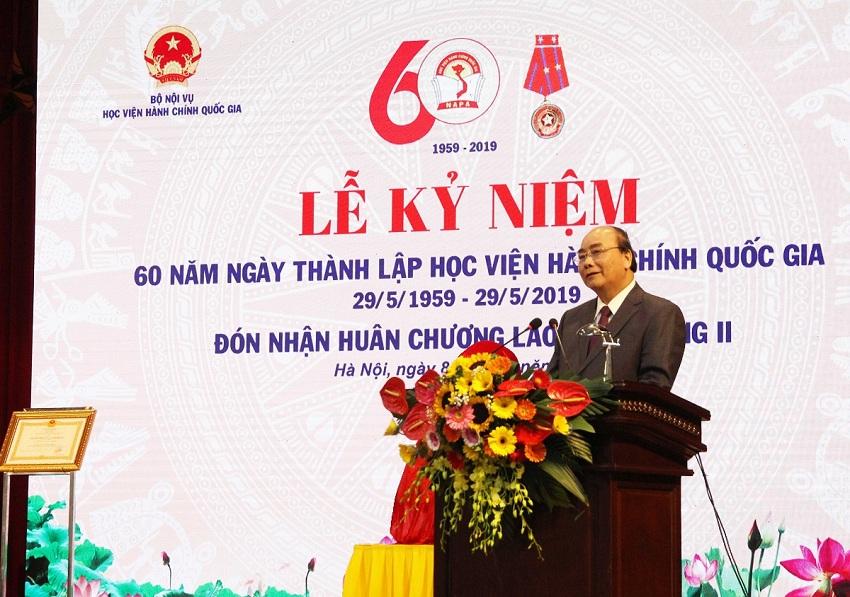 Thủ tướng Chính phủ Nguyễn Xuân Phúc phát biểu tại Lễ kỷ niệm 60 năm Ngày thành lập Học viện Hành chính Quốc gia