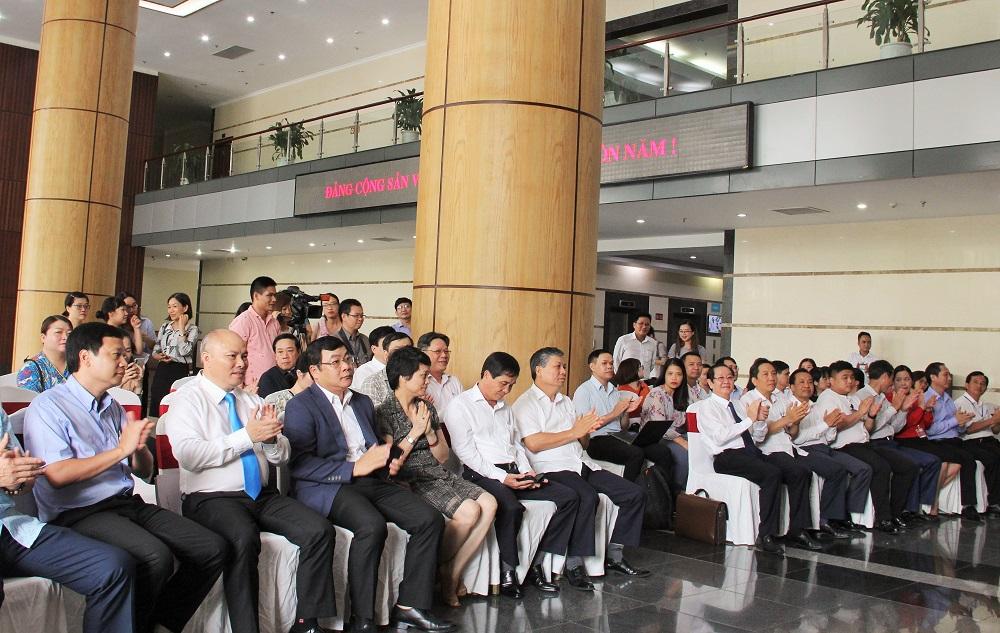 Các đại biểu tham dự Lễ khai trương Bộ phận một cửa, một cửa liên thông trong giải quyết thủ tục hành chính của Bộ Nội vụ