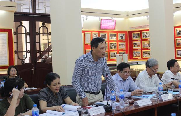 TS. Trần Văn Tùng – Thứ trưởng Bộ Khoa học và Công nghệ phát biểu ý kiến tại Hội thảo
