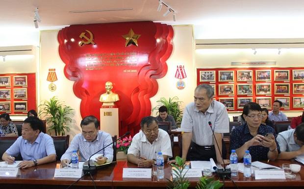 GS.TS. Nguyễn Hữu Khiển – Nguyên Phó Giám đốc phụ trách Học viện phát biểu ý kiến tại Hội thảo