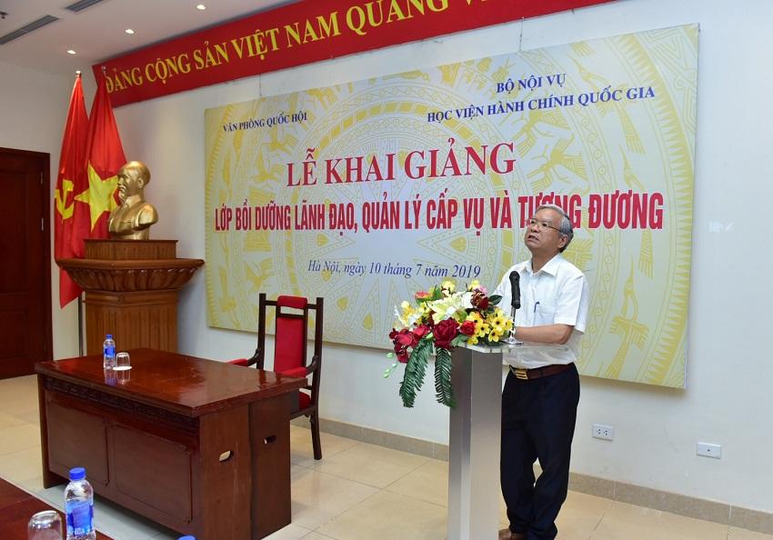 1. NGUT.TS. Vũ Thanh Xuân - Phó Giám đốc Học viện Hành chính Quốc gia phát biểu khai giảng