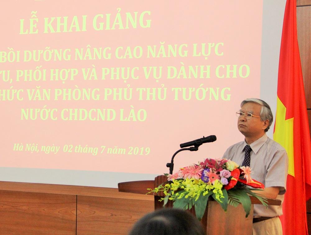 NGƯT.TS. Vũ Thanh Xuân – Phó Giám đốc Học viện Hành chính Quốc gia phát biểu khai giảng khóa bồi dưỡng