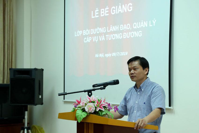 Đồng chí Nguyễn Thế Ngân - Vụ trưởng Vụ Kế hoạch & Đầu tư phát biểu