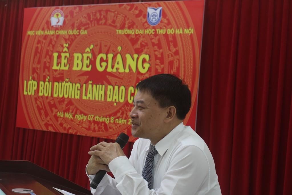 ThS. Tống Đăng Hưng - Phó Trưởng ban Quản lý bồi dưỡng, Học viện Hành chính Quốc gia phát biểu tại buổi lễ