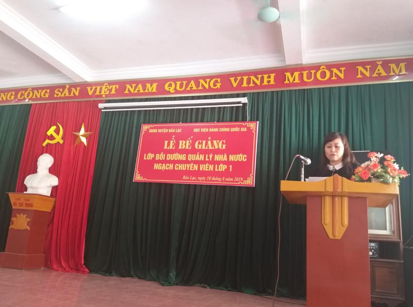 ThS. Lê Phương Thúy, Phó Trưởng ban, Ban Quản lý bồi dưỡng phát biểu tại buổi lễ