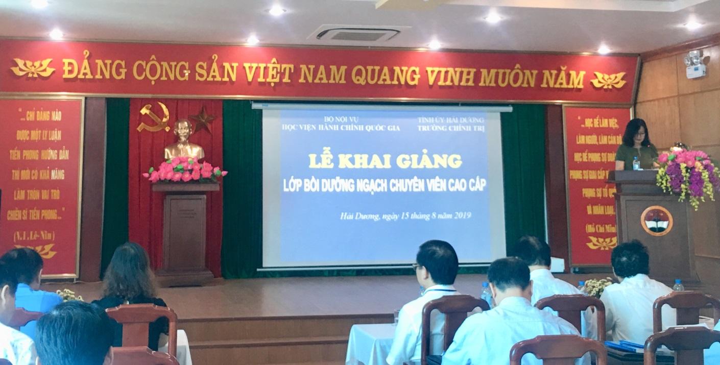 ThS. Vương Thanh Thủy, Quyền Trưởng Phòng QLBD theo ngạch và vị trí việc làm, Ban Quản lý bồi dưỡng  công bố các Quyết định liên quan đến tổ chức lớp học