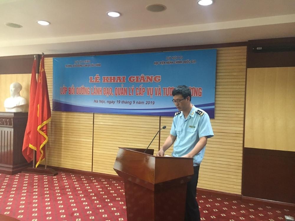 Đồng chí Phạm Quang Tuyên - Phó Cục trưởng Cục Công nghệ thông tin và Thống kê Hải quan, Tổng cục Hải quan đại diện cho học viên tham gia khóa học phát biểu