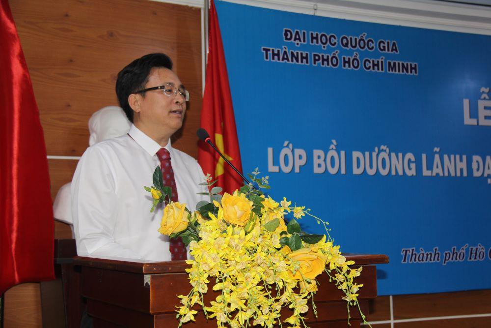 PGS.TS. Nguyễn Đình Tứ đại diện học viên phát biểu