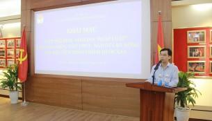 PGS. TS. Lương Thanh Cường, Phó giám đốc Học viện Hành chính Quốc gia phát biểu khai mạc lớp bồi dưỡng