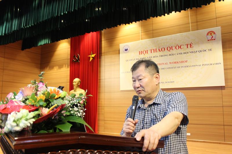 TS. Younghun Oh – Đại học INHA trình bày tham luận tại Hội thảo