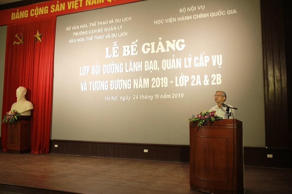 TS Vũ Thanh Xuân - Phó Giám đốc Học viện phát biểu kết thúc khóa học