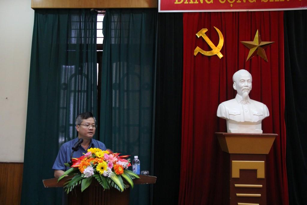 Đồng chí Trần Quang Minh, Bí thư huyện ủy Mèo Vạc tỉnh Hà Giang phát biểu tại buổi lễ