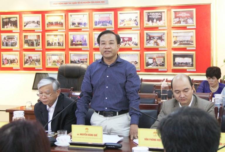 Phó Giám đốc Nguyễn Đăng Quế phát biểu tại buổi họp giao ban