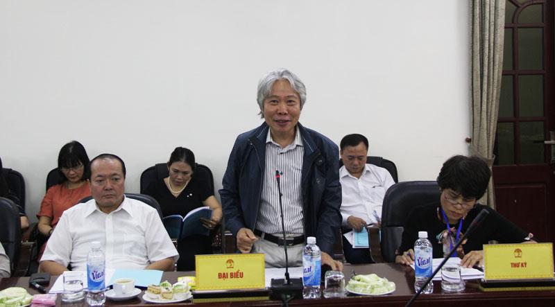 TS. Tạ Ngọc Hải, Phó viện trưởng, Viện Khoa học tổ chức nhà nước, Bộ Nội vụ trình bày tham luận