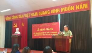 Ông Trần Hữu Linh, Tổng cục Trưởng, Tổng cục Quản lý thị trường phát biểu tại buổi lễ