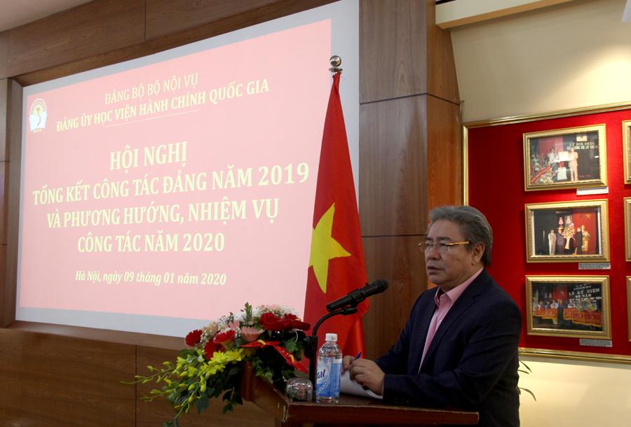 Đồng chí Đặng Xuân Hoan – Bí thư Đảng ủy, Giám đốc Học viện phát biểu kết luận tại Hội nghị