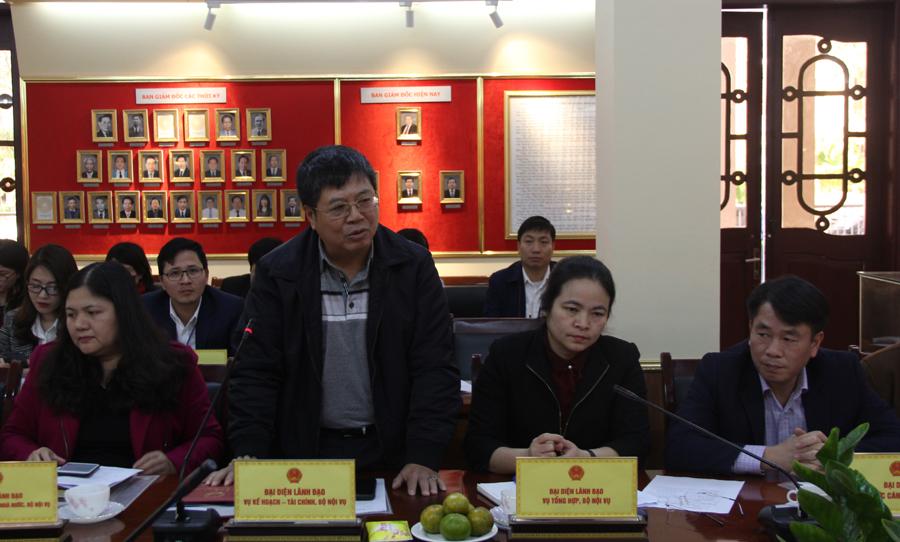 Đại diện các đơn vị trực thuộc Bộ phát biểu ý kiến tại buổi làm việc
