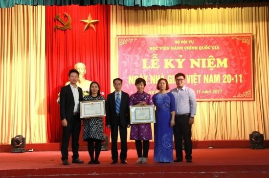 Văn phòng Đảng – Đoàn thể nhận bằng khen của Bộ trưởng Bộ Nội vụ là đơn vị lao động xuất sắc