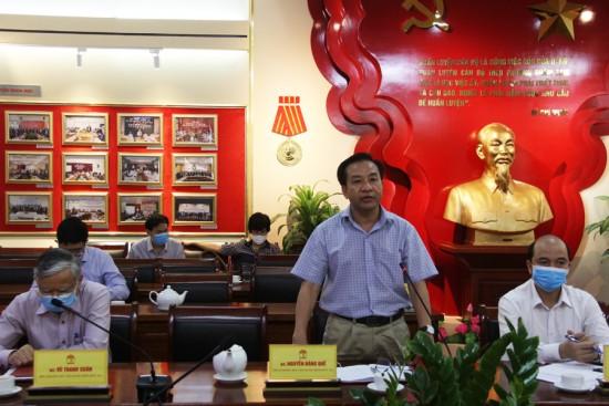 TS. Nguyễn Đăng Quế, Phó Giám đốc Học viện phát biểu tại cuộc họp giao ban