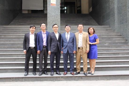 Tập thể viên chức và người lao động Phòng QLBD Hành chính doanh nghiệp