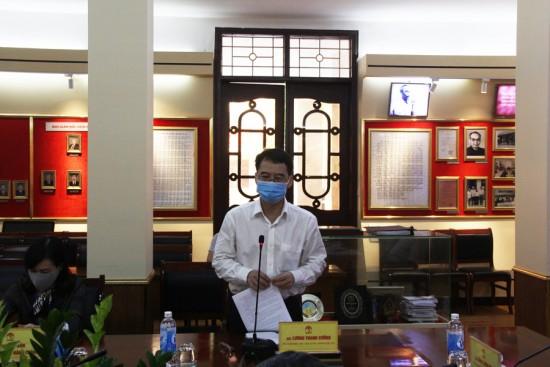 TS. Nguyễn Đăng Quế, Phó Giám đốc Học viện phát biểu tại buổi họp giao ban.