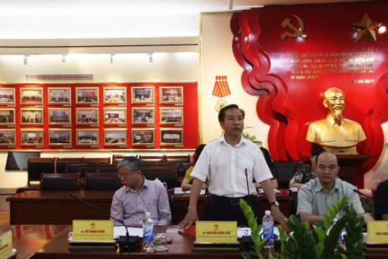TS. Nguyễn Đăng Quế, Phó Giám đốc Học viện phat biểu tại buổi họp.