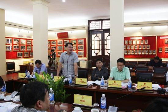 Đồng chí Nguyễn Xuân Đạt, Phó Chánh Thanh tra, Bộ Nội vụ phát biểu góp ý dự thảo Đề án.