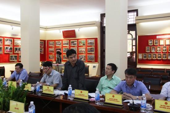Đồng chí Nguyễn Khánh Tùng, Chuyên viên cao cấp, Vụ Kế hoạch-Tài chính phát biểu góp ý dự thảo Đề án.