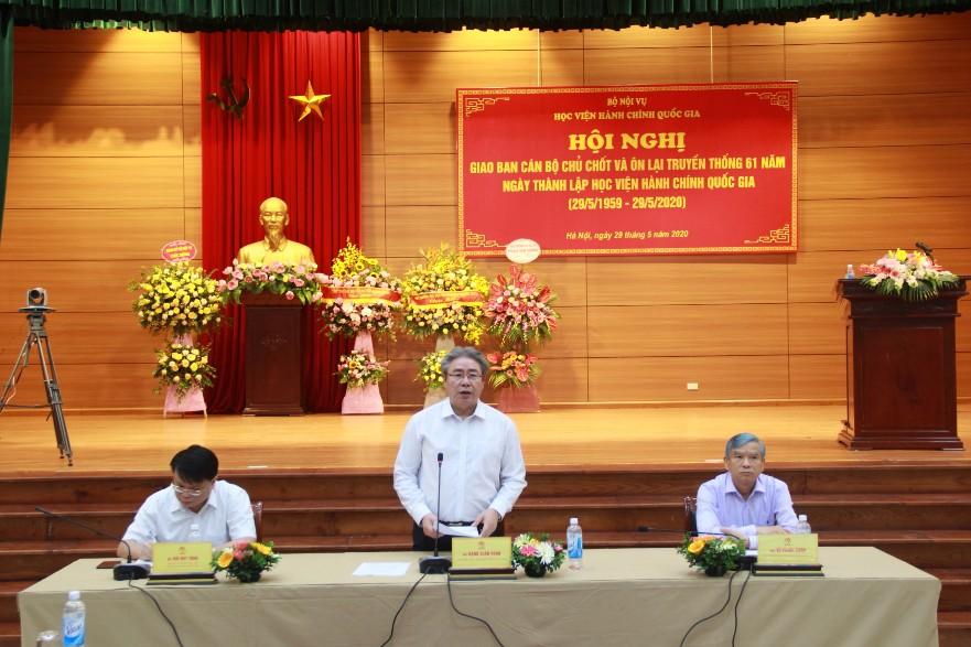 TS. Đặng Xuân Hoan - Giám đốc Học viện phát biểu kết luận Hội nghị