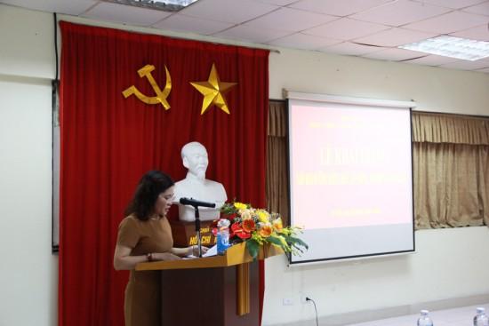 ThS. Đàm Thanh Tâm tuyên bố lý do và giới thiệu đại biểu tham dự Lễ khai giảng