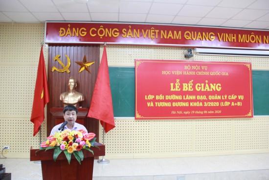 Đồng chí Phạm Văn Thuận đại diện khóa học phát biểu tại Lễ bế giảng