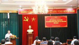 TS. Bùi Huy Tùng, Trưởng Ban, Ban quản lý bồi dưỡng  phát biểu tại Lễ khai giảng