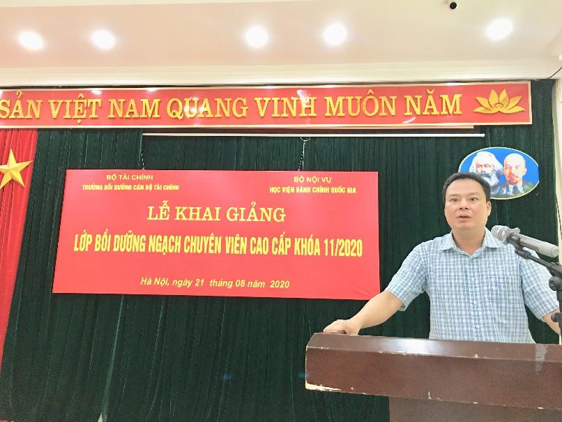 ThS. Đỗ Văn Trường, Giám đốc Trường Bồi dưỡng cán bộ tài chính phát biểu tại buổi lễ