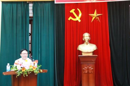 Đồng chí Ngô Văn Nhạc phát biểu tri ân tại Lễ bế giảng