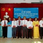 Bế giảng Lớp bồi dưỡng năng lực, kỹ năng lãnh đạo, quản lý cấp Sở khóa II năm 2017 tại cơ sở Học viện TP. Hồ Chí Minh