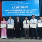 Bế giảng Lớp bồi dưỡng năng lực, kỹ năng lãnh đạo, quản lý cấp Sở khóa IV năm 2017 tại cơ sở Học viện TP. Hồ Chí Minh