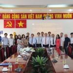 Giám đốc Học viện trao Quyết định nghỉ hưu hưởng chế độ bảo hiểm xã hội cho TS.GVCC Phạm Quang Huy - nguyên Phó Giám đốc Học viện Thường trực tại Cơ sở TP. Hồ Chí Minh