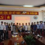 Phân viện Học viện tại TP. Hồ Chí Minh trao Quyết định nghỉ hưu hưởng chế độ BHXH cho CN Bùi Quốc Hồng - Phó Giám đốc Trung tâm kiêm Trưởng phòng Ngoại ngữ - Tin học và Thông tin - Thư viện