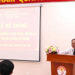 Bế giảng lớp bồi dưỡng lãnh đạo, quản lý cấp huyện và tương đương khóa 9 năm 2020 tổ chức tại Phân viện Học viện Hành chính Quốc gia tại Thành phố Hồ Chí Minh