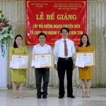 Lễ bế giảng lớp Bồi dưỡng ngạch chuyên viên phối hợp Sở Y tế tỉnh Kon Tum