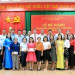 Lễ bế giảng lớp bồi dưỡng lãnh đạo, quản lý cấp Phòng và tương đương năm 2020 tại Phân viện Học viện Hành chính Quốc gia khu vực Tây Nguyên