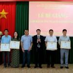 Bế giảng lớp bồi dưỡng ngạch chuyên viên khóa 2/2020 và lớp bồi dưỡng ngạch chuyên viên phối hợp với Sở Nội vụ tỉnh Đắk Lắk