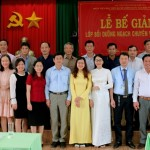 Lễ Bế giảng lớp Bồi dưỡng ngạch chuyên viên cao cấp khóa 16/2020 tại Phân viện Học viện Hành chính Quốc gia khu vực Tây Nguyên.